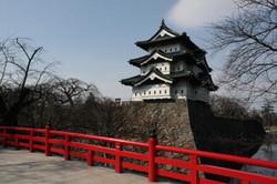 弘前城が動く